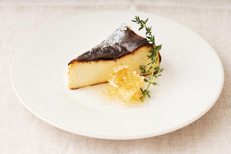 ura ebis. ウラエビス 2020夏 バスクチーズケーキ